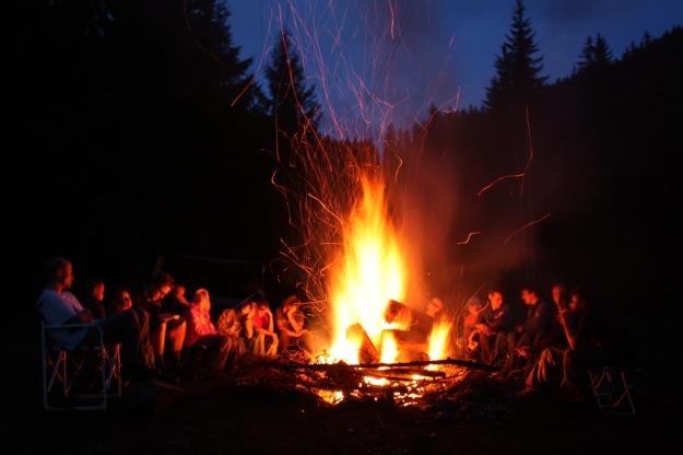 road-app-campfire-tales1